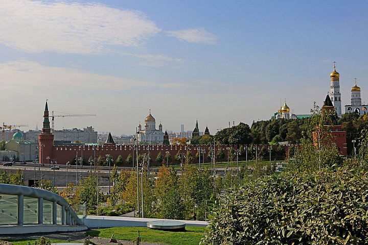 Kremlin wall and Cathedral of Christ the Savior
