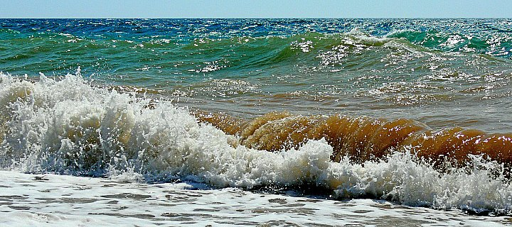 Waves and splashes 3 ~ andrewdyachkin