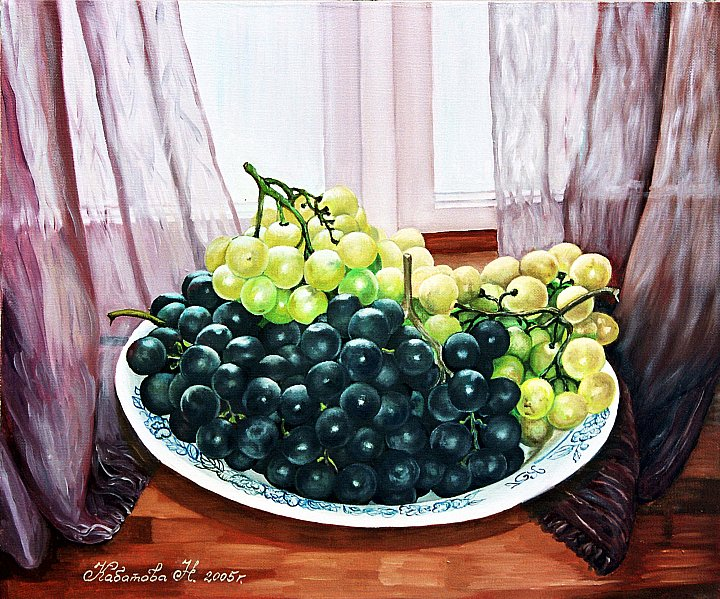 Тарелка в с виноградом